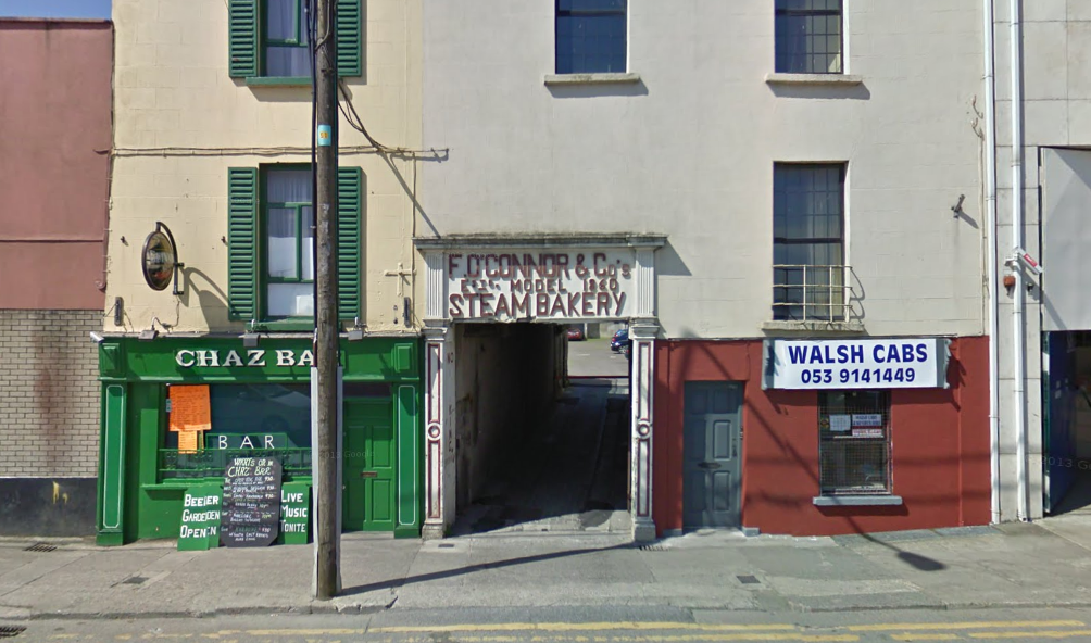 Chaz Bar and Walsh Cabs, Wexford
